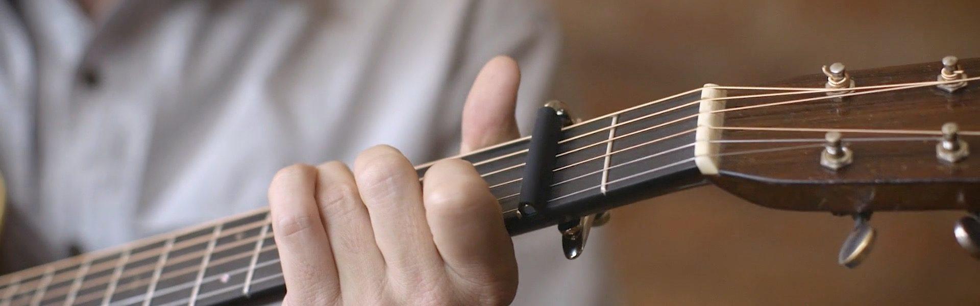 shubb-capo-guitar-2